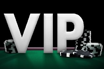 You can receive bonuses and cash prizes from the bet365 VIP program